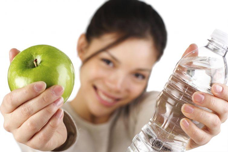 Эти советы помогут приучиться пить больше воды