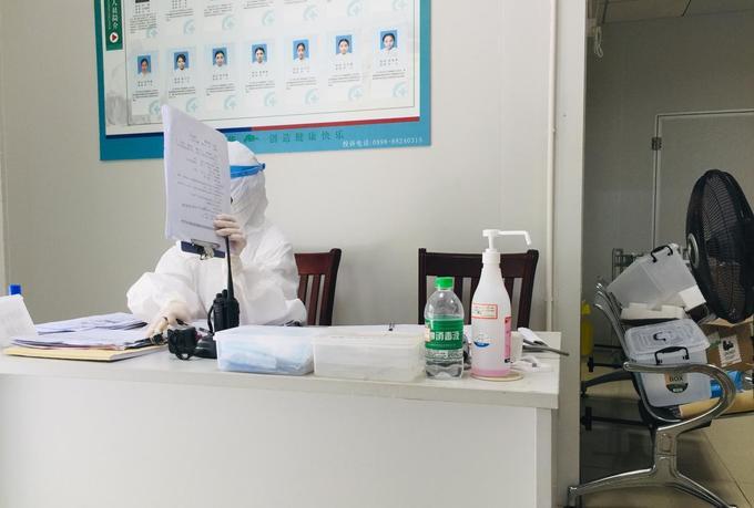 Эксклюзив: рассказ пациента-иностранца, находящегося в китайской больнице «под подозрением»
