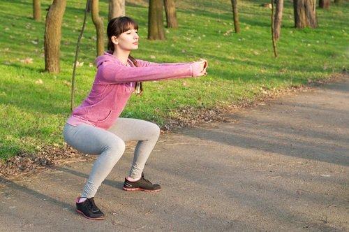 Эффективные и простые упражнения сжигающие жир с бёдер