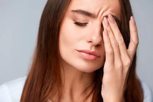 Первые симптомы аневризмы мозга