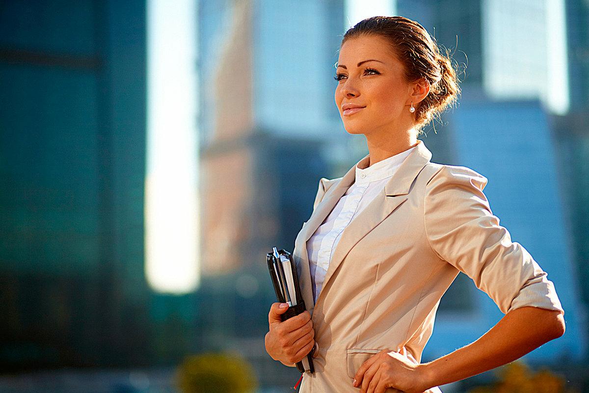 Какой имидж выбрать для деловой женщины