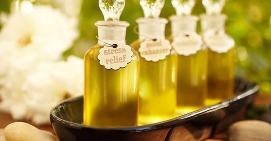 Кожу маслом не испортишь: 7 малоизвестных свойств масел для красоты