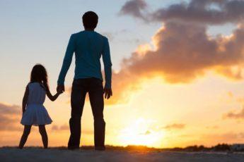 Женился я в 22 года, взял, так сказать, комплектом, сразу приобрёл жену и дочь (у моей супруги была уже девочка 2-х лет)