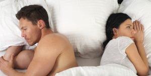 Сон вдвоем: ночные позы отношений.
