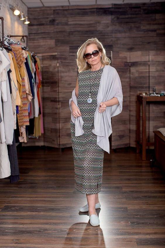 Платья в стиле кэжуал для женщин 50+