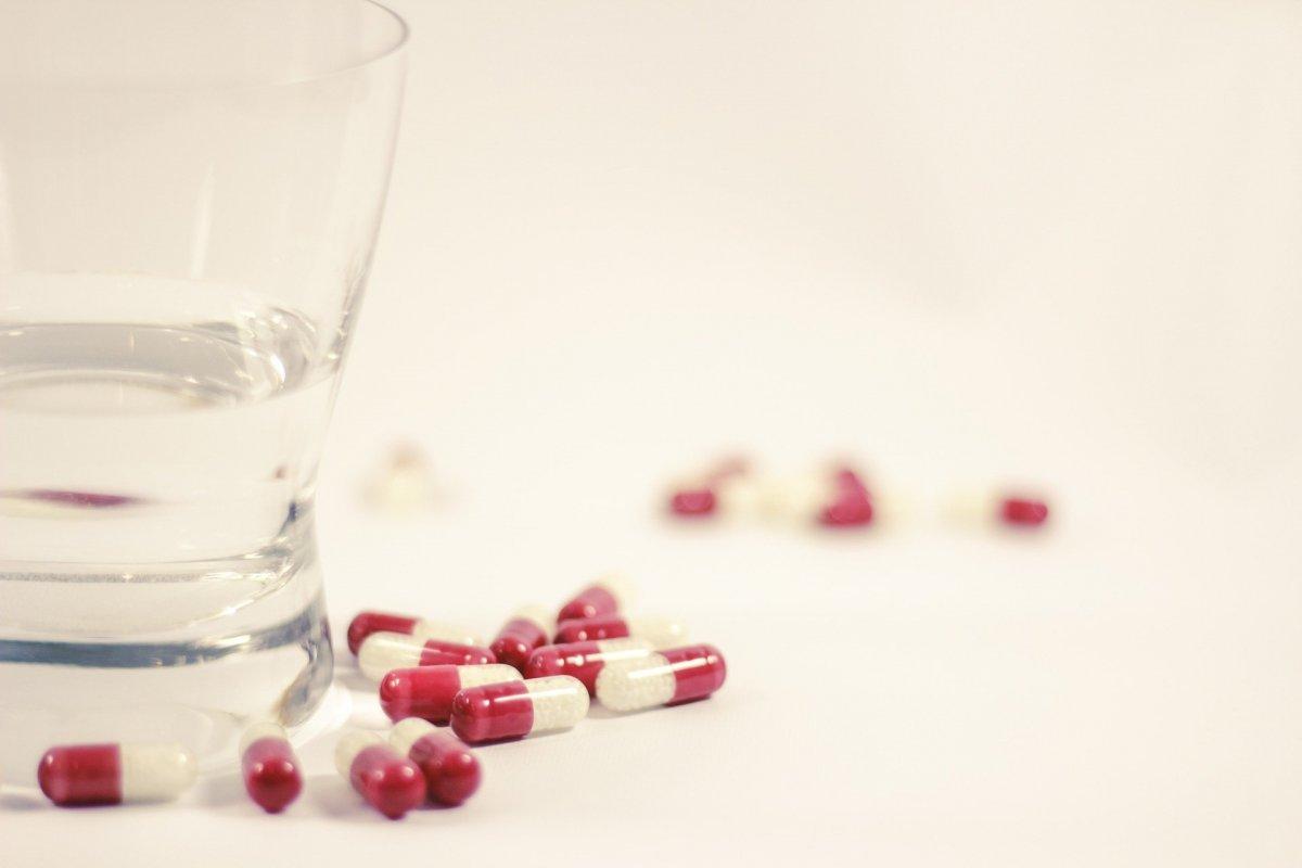 """Плацебо эффективно, даже когда люди знают, что принимают """"пустышки"""" - исследование"""