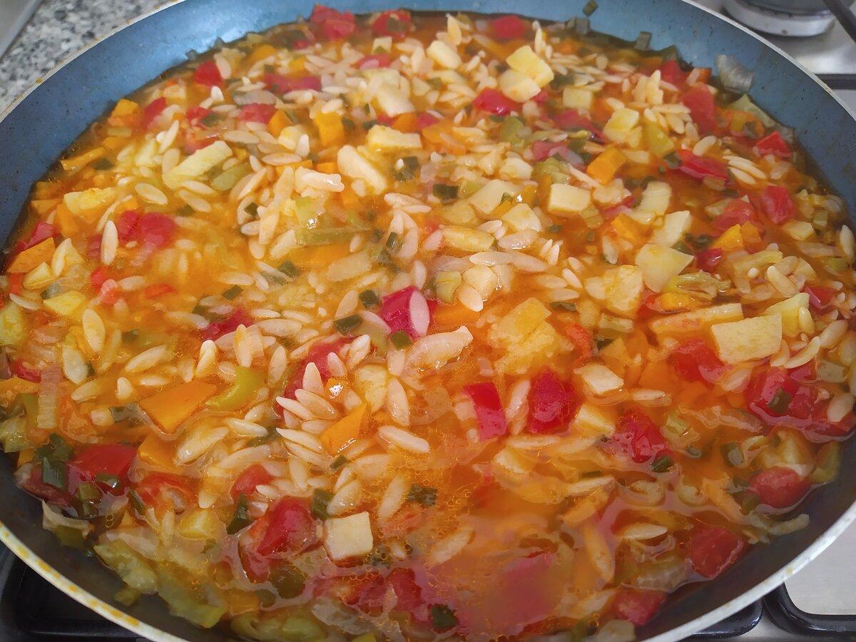 Готовлю овощи с рисом на сковородке - не приедаются и всегда вкусно