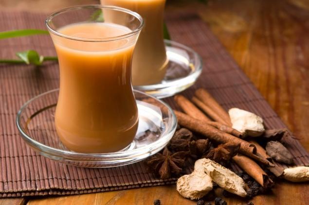 Горячие напитки с молоком: 5 удивительных рецептов