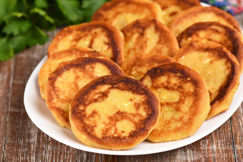 Сырники с тыквой готовлю только таким способом. Получаются очень нежными и ароматными (рецепт с фото)