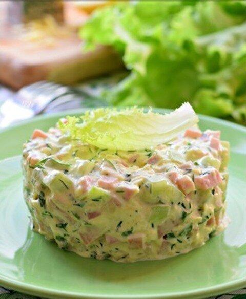 Простой и очень нежный салат из 3х ингредиентов