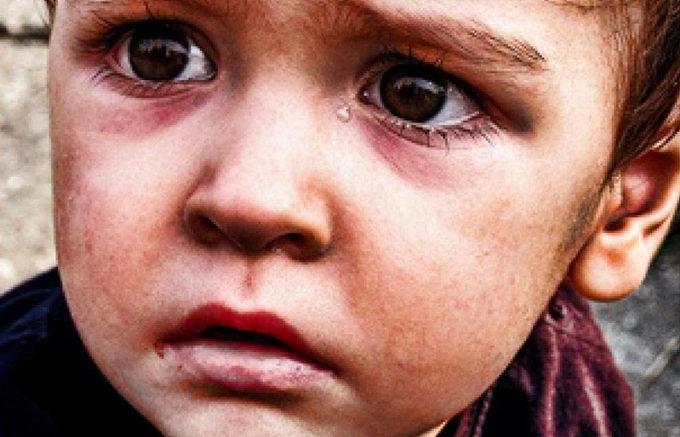 «Я видел, как плачет мама…» Стих, который берет за душу!