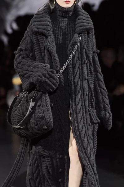 Фото 1- модный показ Dolce & Gabbana.