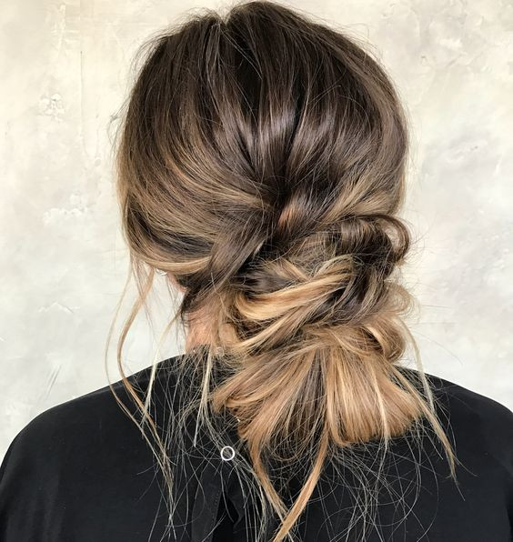 Покажите колористу: 40 идей мелирования на каштановые волосы