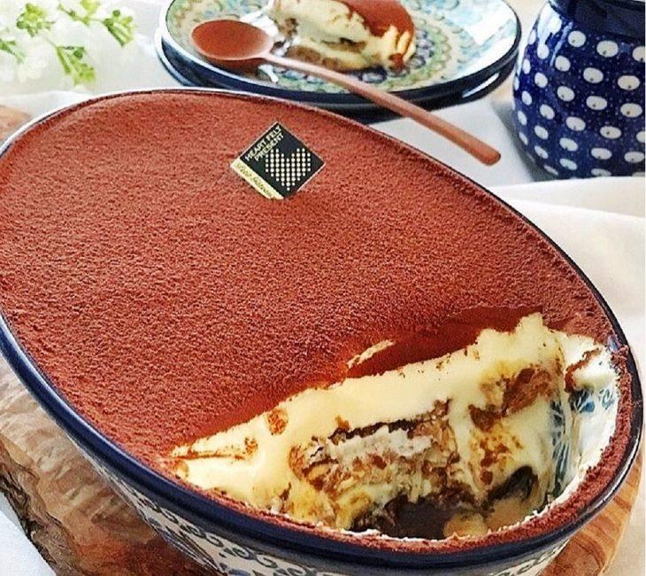 Шоколадно-банановое тирамису на основе бананового кекса с грецким орехом