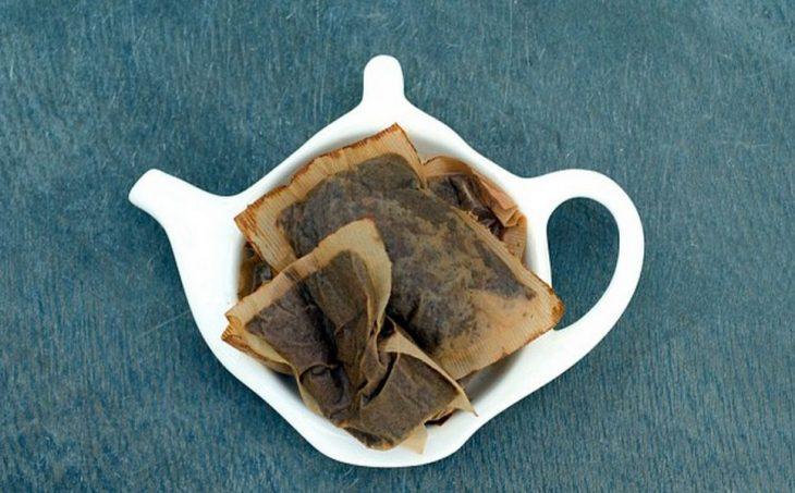 Удивительные способы применения спитого чая