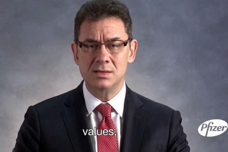 Альберт Бурла – директор компании Pfizer