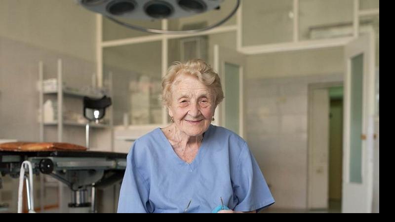 Самый старый практикующий хирург в мире. 92 года и нулевая летальность!