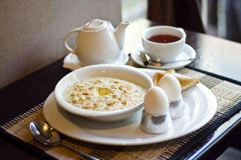 9 продуктов, которые стоит есть на завтрак, чтобы избавиться от холестерина, высокого давления, улучшить зрение и работу мозга!