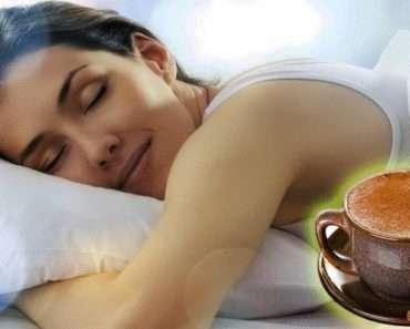 Особый чай с корицей и бананом, который поможет вам заснуть и снизить стресс
