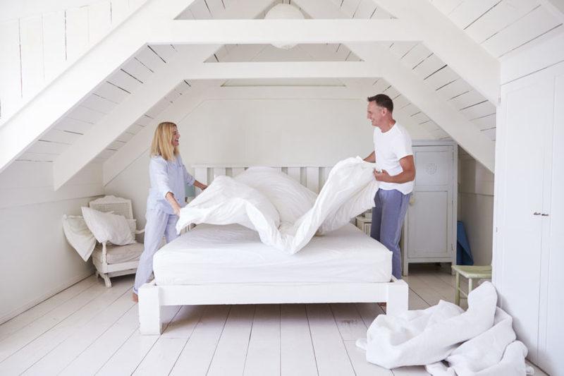Как часто нужно менять постельное белье, чтобы сохранить здоровье